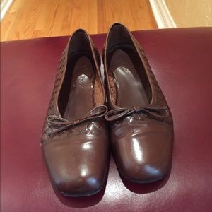 Bass Shoes - Vintage Bass loafers size 9 1/2