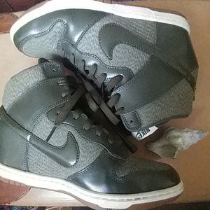 Nike Shoes - 💥Flash Sale💥Nike Dunk Sky Hi