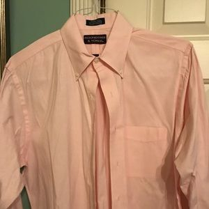 Roundtree & Yorke Other - Pink button up