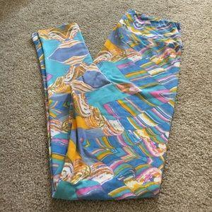 EUC Lularoe OS pastel pattern leggings