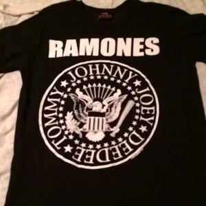 Hot Topic Tops - Ramones Tee Large