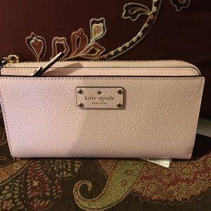 NWT Kate Spade Layton  Wellesley Pink Wallet