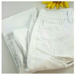   Destroyed White Stretchy Denim Capri's