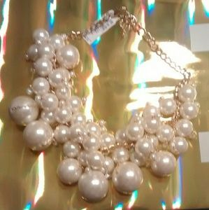 Jewelry - ⬇💲NWT!! Champagne Bubbles&Baubles🍸💍💋