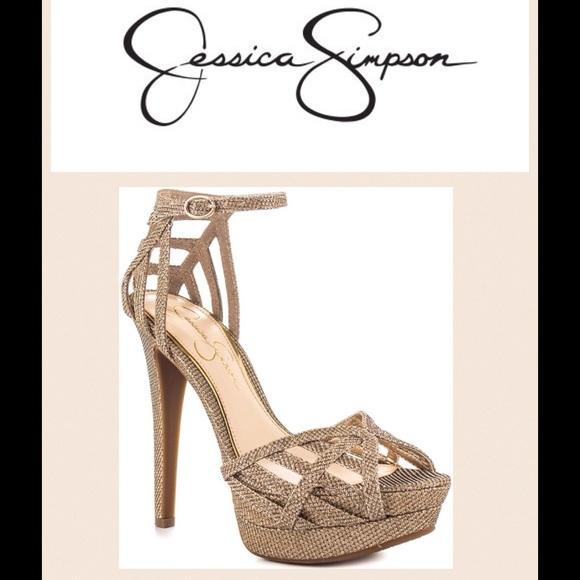 8b347edd238 NEW Jessica Simpson Sylla - Gold