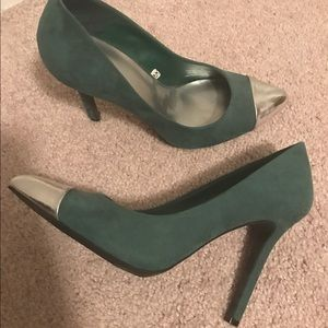 Green Faux Suede Pumps with Silver Cap Toe