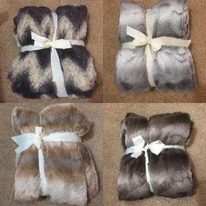 Gramerci Park Other - 50x60 in Plush Faux Fur Blankets