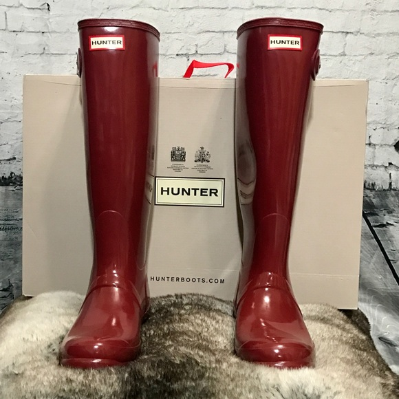 Bundledhunter Lava Red Tall Gloss Boots