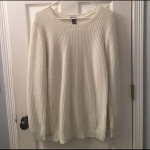 White Scoop neck knot sweater