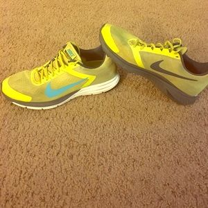 Nike Other - Nike Structure 17 Athletic Shoes