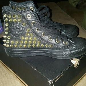 NIB gold studded black leather Converse