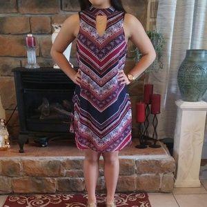 Trixxi Dresses & Skirts - 🎉50% OFF SHIPPING🎉TRIXXI MOCK NECK CHEVRON DRESS
