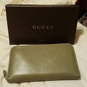 Gucci Leather Wallet NWT