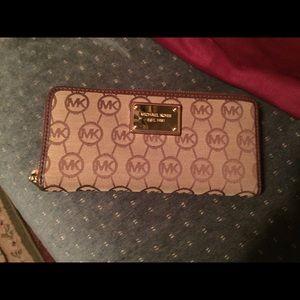 Michael Kors Handbags - EUC* Authentic MK LOGO full size accordion wallet