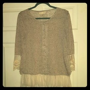 AREVE  Tops - BEAUTIFUL AREVE BUTTON DOWN BLOUSE