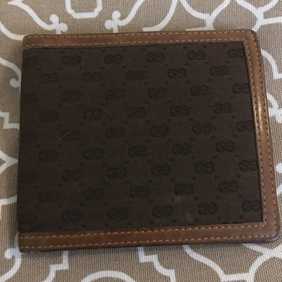 9e4aa1aef0d Gucci Other - Gucci GG Canvas Flip Wallet