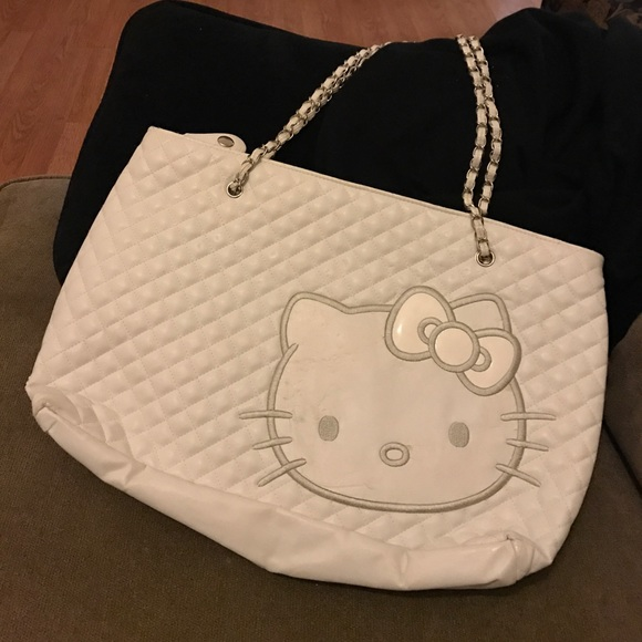 6fc2c3cfc Hello Kitty Bags | White Quilted Shoulder Bag | Poshmark