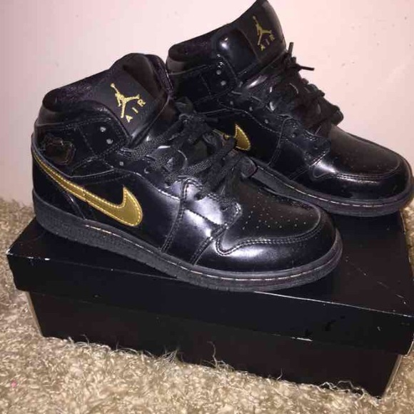 Jordan Shoes - Air Jordan 1 Phat Patent Leather Metallic Gold 378f4d25af