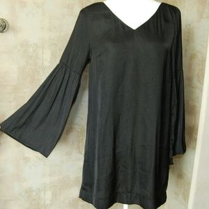 MINKPINK Dresses & Skirts - Mink Pink Black Tunic Dress with Peasant Sleeves S