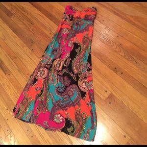 SALE!Gorgeous Strapless maxi dress SZ 8/M