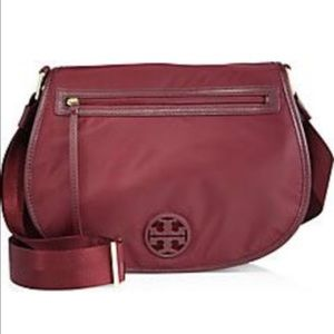 Tory Burch Handbags - Tory Burch Nylon Messenger