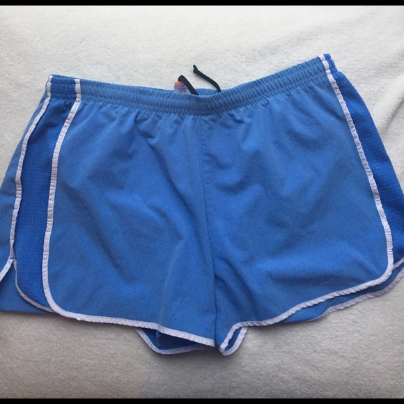 Lucy Shorts - lucy workout shorts size M