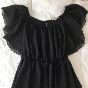 Velvet Torch Dresses - MOVING SALE❗️Flutter Sleeve Black Flowy Dress