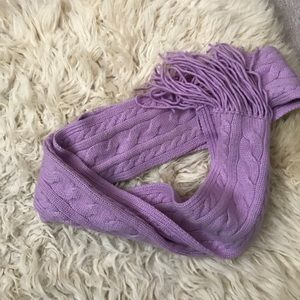 Ann Taylor scarf 100% cashmere with long tassels