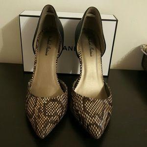 Shoes - FINAL RED.Michael Antonio pumps