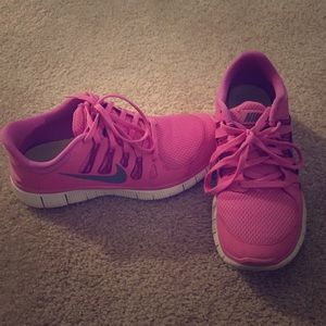Women's Nike free 5.0 with chip