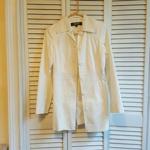 Kenneth Cole short trench coat