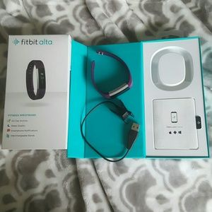 fitbit Accessories - Price drop!! Fitbit Alta - purple, size small!
