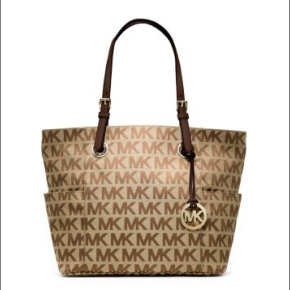 cdb5422a03c3 Authentic Michael Kors Jet Set logo tote