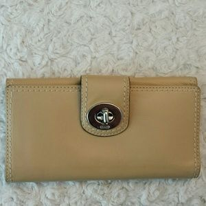 Coach  Handbags - Coach Turnlock Creme Wallet