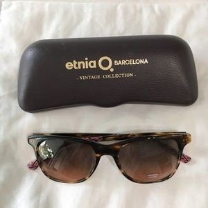 Etnia Barcelona Accessories - Brown Tinted Sunglasses With Chevron Detail