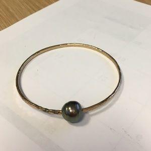 Jewelry - tahitian pearl jewelry.