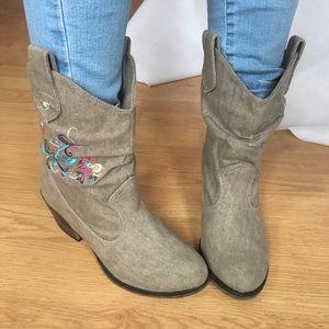 Rocket Dog Shoes - Rocketdog cowboy booties