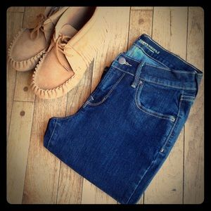 Old Navy Denim - Old Navy Curvy Mid-rise dark wash jeans