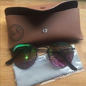 Ray-Ban Accessories - Ray-Ban 'Icons' 50mm Round Sunglasses BRAND NEW