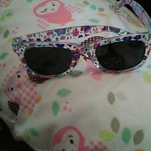 Children's Place Other - Baby sunglasses