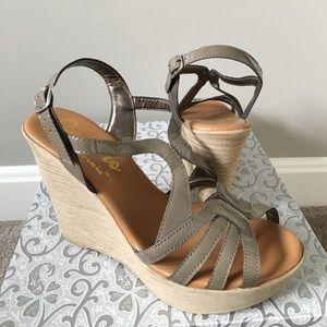 Callisto Shoes - Callisto of California wedge sandals