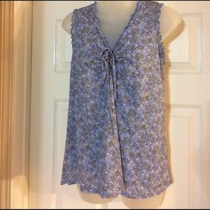 Old Navy Tops - Cute Sleeveless Old Navy Floral Maternity Top