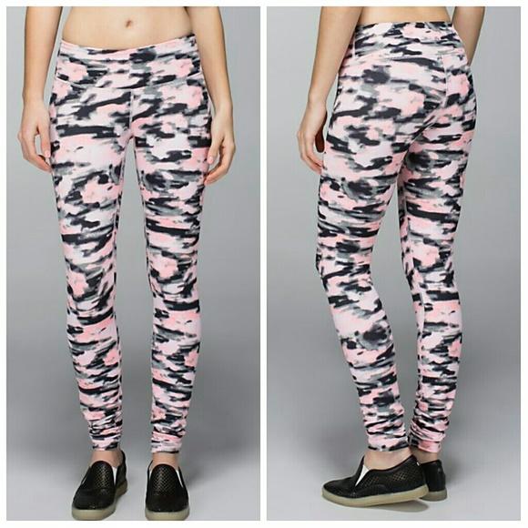 993031db36 lululemon athletica Pants | Lululemon Wamo Camo Full Length Wunder ...