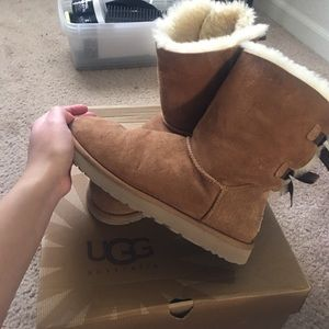 Ugg boots with bow on the back