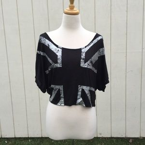 Classic Tops - /NWOT/ kimono sleeve crop tshirt