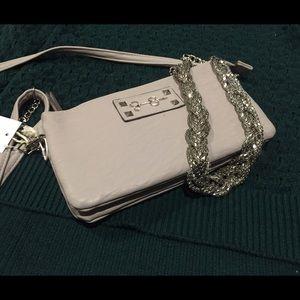 Jessica Simpson Handbags - 🆕⚡️Today ONLY⚡️Jessica Simpson Vegan Leather