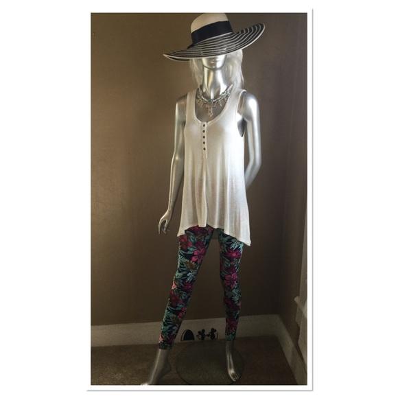 Boutique Pants - Mint & Magenta Floral Leggings