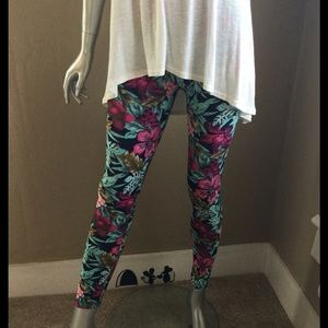 Boutique Pants - Mint & Magenta Floral Leggings