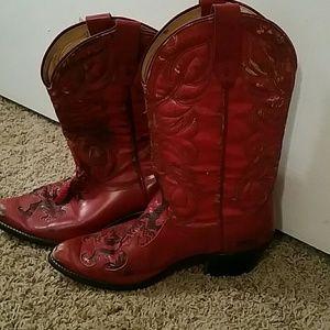 Laredo Shoes - Vintage Red Laredo Cowboy Boots