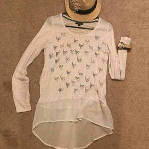 Fifth Sun Tops - Skull long sleeve blouse 💀
